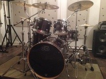 DW Drums PERFORMANCE FUSION22 5FUTS EBONY STAIN