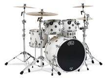 DW Drums Performance - Ice White