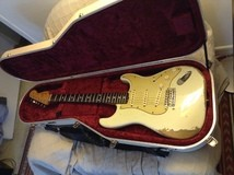 Fender Custom Shop '62 Relic Stratocaster