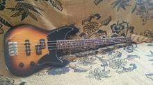 Fender Precision Special Cowpoke