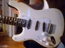 Fender Stratocaster Japan LH