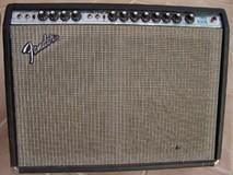Fender Twin Reverb (Silverface)