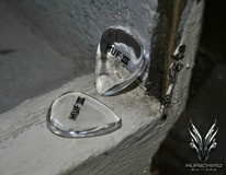 Hufschmid Guitars 'Huf III' pick
