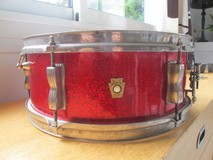Ludwig Drums 5x14 de 1966 sparkling red