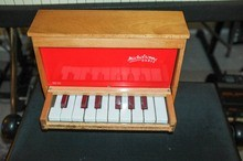Michelsonne Paris Toy Piano 16 Keys