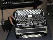 Paolo Soprani 80 basses 2 registres