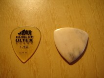 Rocky Mountain Slides Bone guitar pick