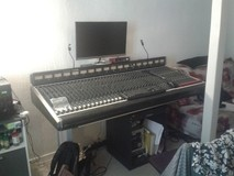 Soundcraft 8000 MON 32/16