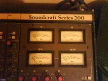 Soundcraft Series 200