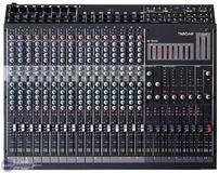Tascam M-1600/16