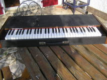 Viscount intercontinental piano 5