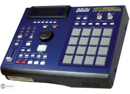 Akai Professional MPC2000XL Blue