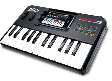 Akai Professional SynthStation25