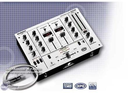 Behringer DJX400