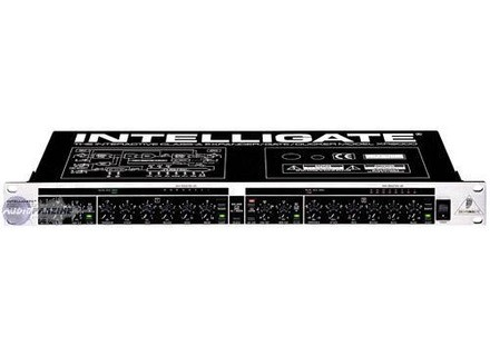 Behringer  IntelliGate XR2000