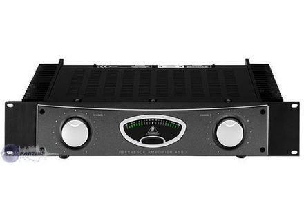 behringer reference amplifier a500 image 452310 audiofanzine. Black Bedroom Furniture Sets. Home Design Ideas