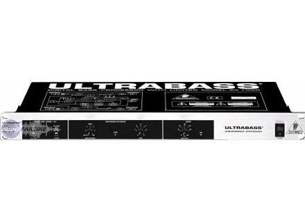 Behringer UltraBass EX1000