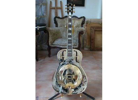 Cort Resonator
