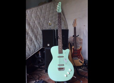 Danelectro 56 Single Cutaway Bass