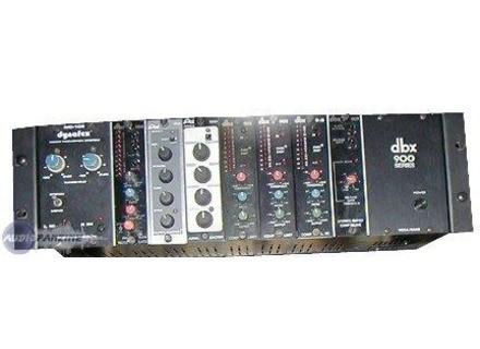 dbx 900