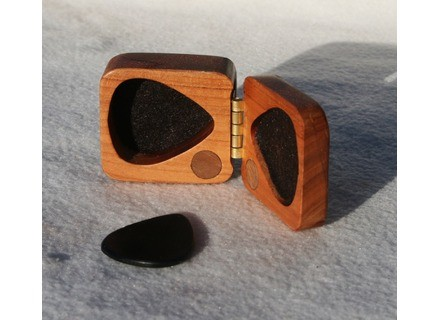 Debandf Guitar pick Wooden box