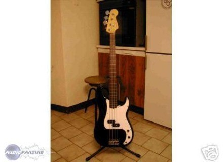 Fender American Standard Precision Bass Fretless (1997)