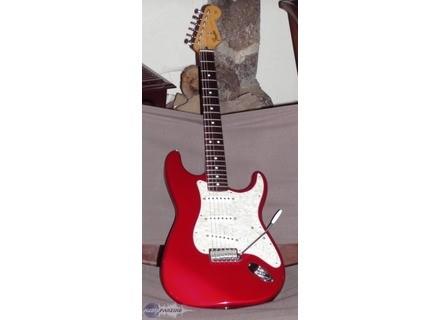 Fender California Stratocaster average used price - Audiofanzine