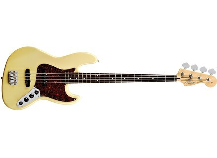 Fender Deluxe Active Jazz Bass [2004-current]