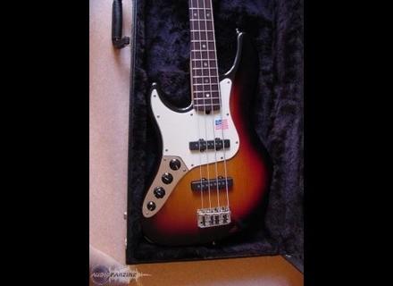 Fender Deluxe Jazz Bass LH