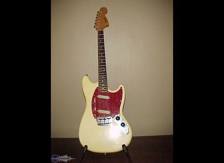 Fender Duo-Sonic II [1964-1968]