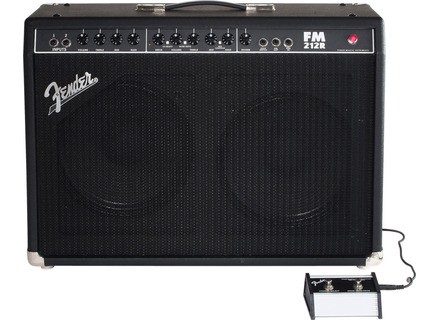 Fender FM 212R