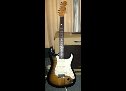 Fender FSR 2005 Deluxe Vintage Player '62 Stratocaster
