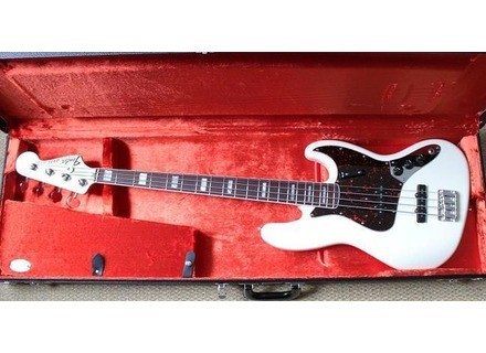 Fender FSR American Jazz Bass