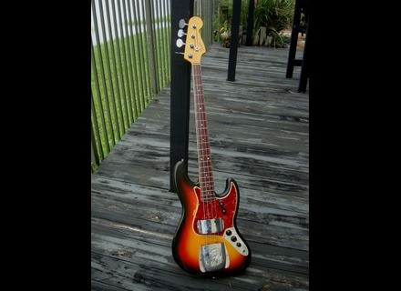 Fender Jazz Bass Ladybird johnson
