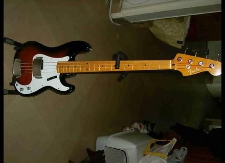 Fender PB-57