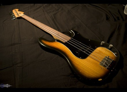 Fender Precision Bass Fretless (1978)