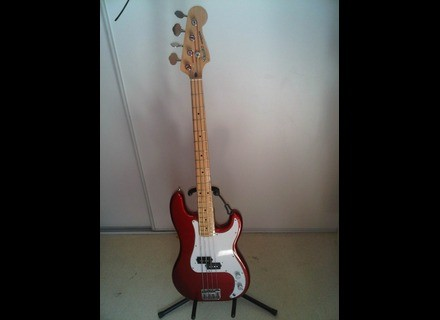 Fender Precision Bass Japan Serie E