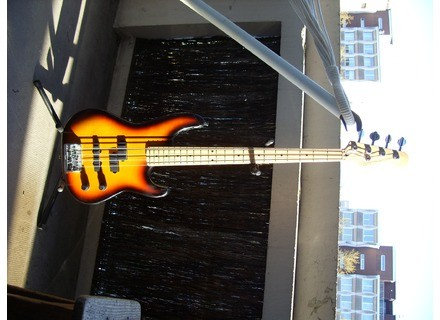 Fender Precision Bass Plus [1989-1993]