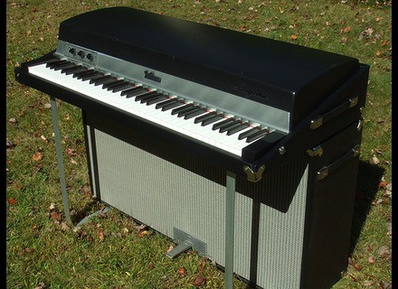 Fender Rhodes Mark I Suitcase Piano