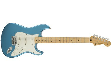 Fender Standard Stratocaster [2009-Current]