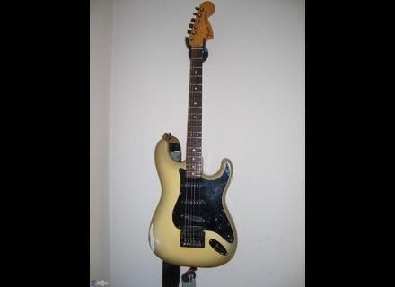 Fender Stratocaster Antigua