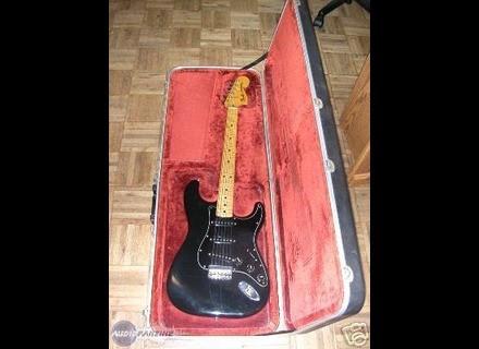 Fender Stratocaster Hardtail [1973-1983]