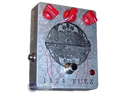 FuzzHugger (fx) 1134 Fuzz Pedal