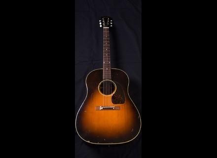 Gibson J45 (1948)