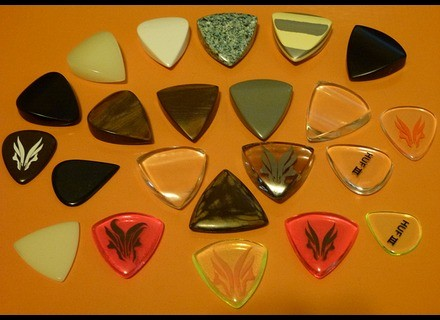 Hufschmid Guitars Various Assorted Picks