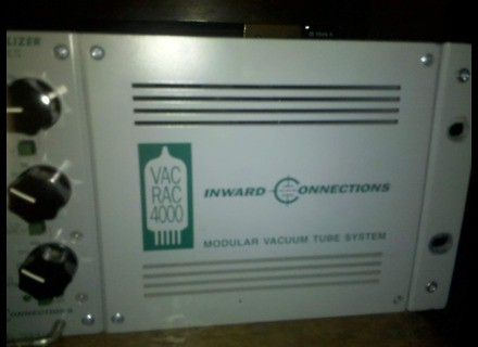 Inward Connections Vac Rac 4000