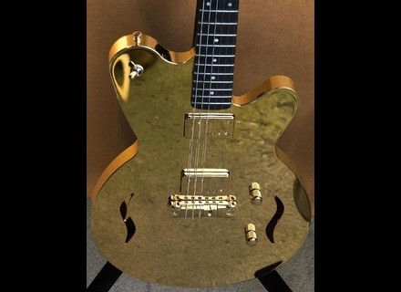 Liquid Metal Guitars 18 K gold guitar, GGG #001