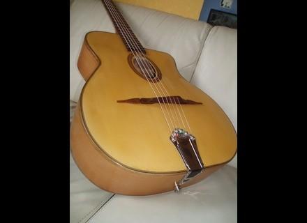 Luthier Guitare manouche