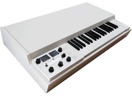 Mellotron M4000D Digital