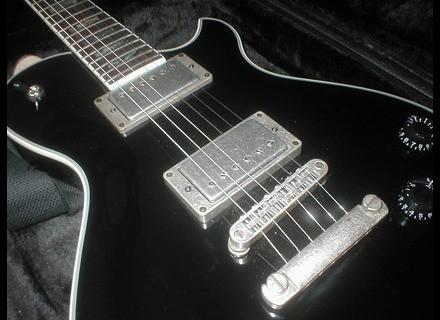 Michael Kelly Guitars Patriot Vintage
